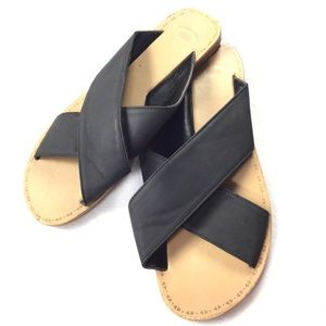 GAP | Minimalist Matte Cross Strap Slip On Sandals